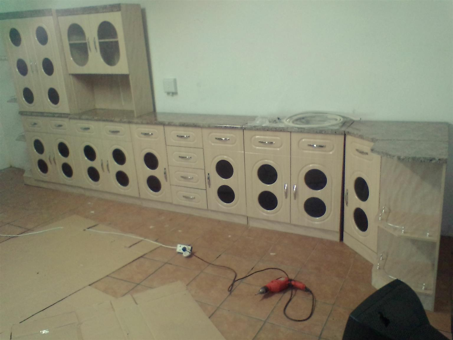 6pc Elegant kitchen unit on special