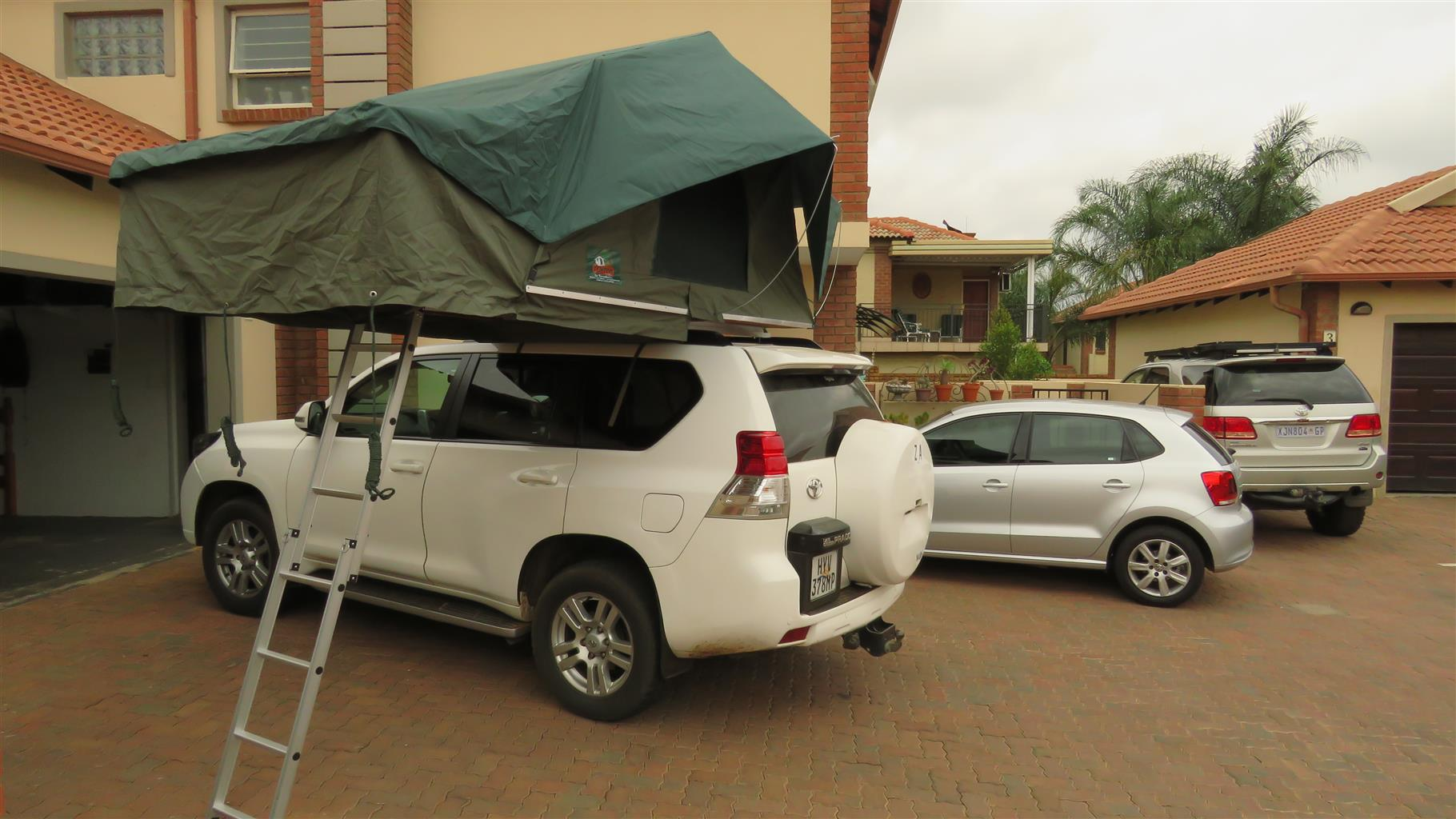 1.4 Pro Rooftop Tent Tentco Brand-new