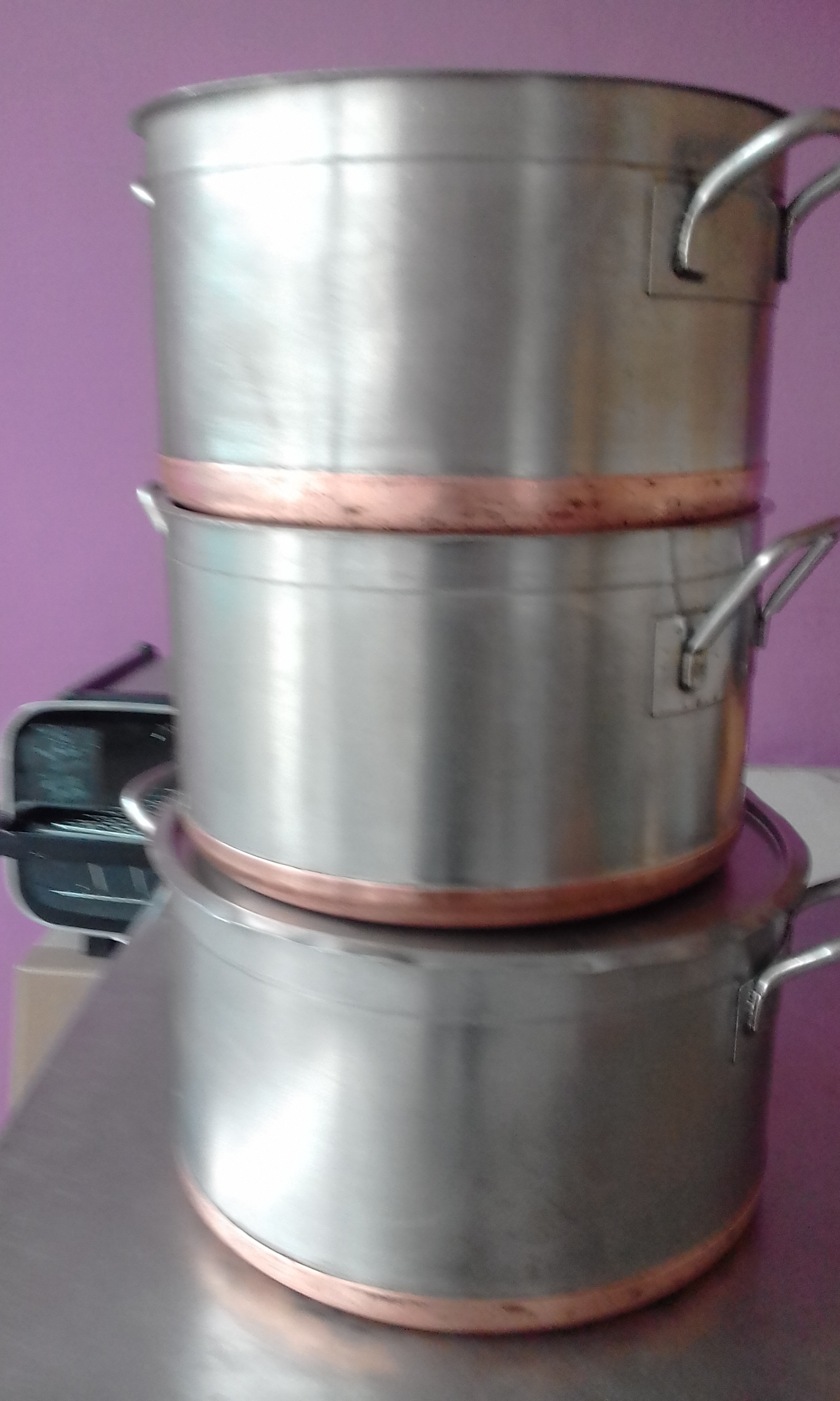 Heavy Stainless Steel pots with copper base
