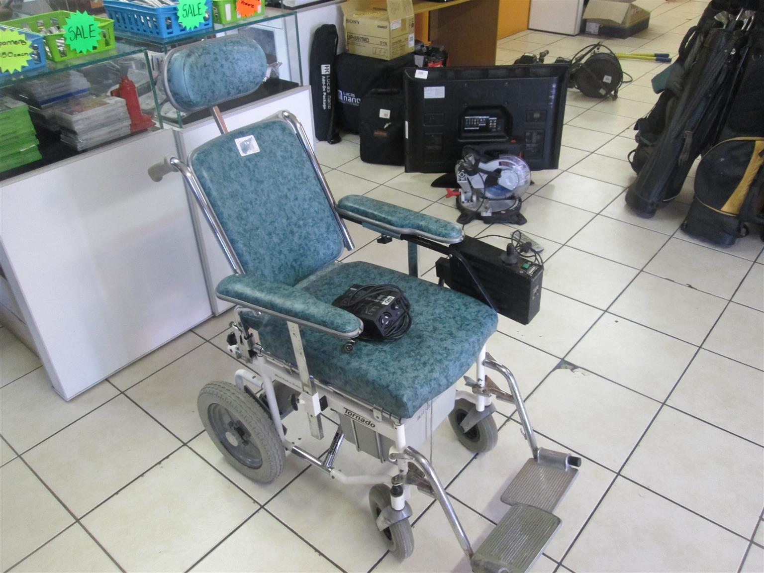TORNADO MOBILITY ELECTRIC WHEEL CHAIR IN GOOD CONDITION