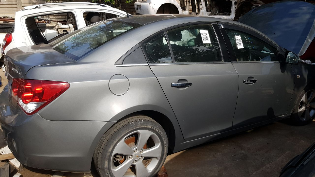 CHEV CRUZE 1.8 STRIPPING FOR SPARES