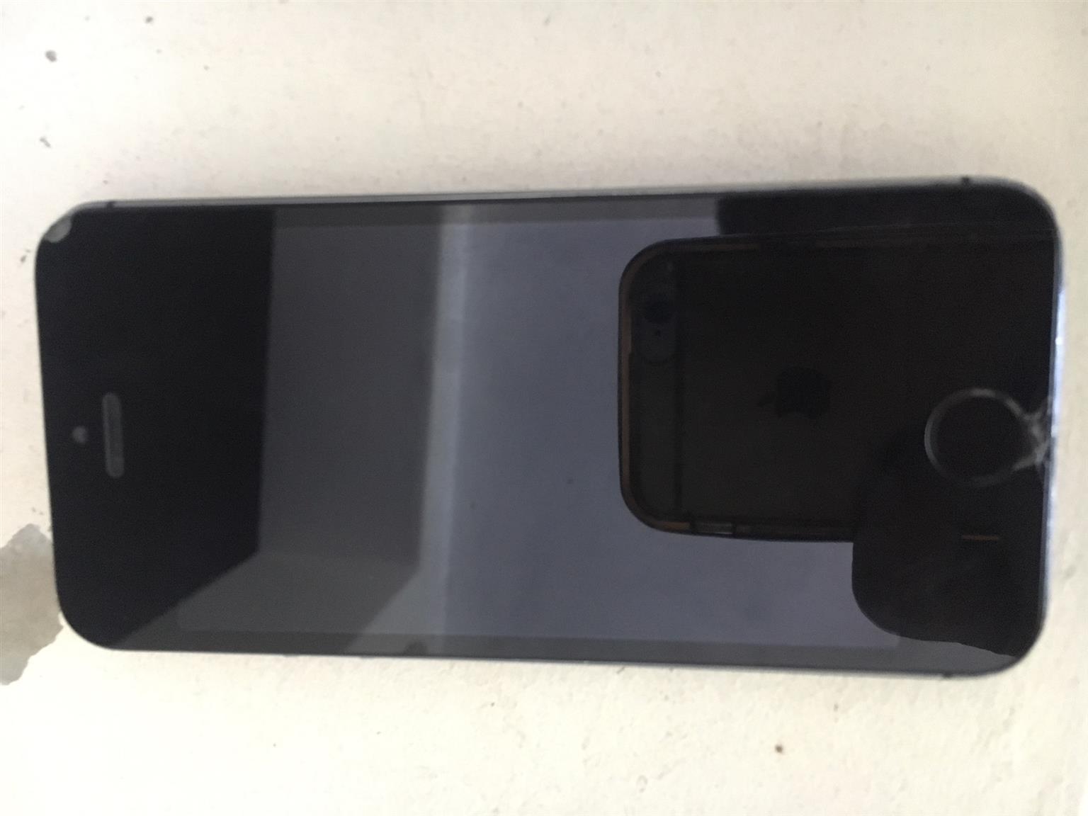 iPhone 5 - NOT SWITCHNIG ON
