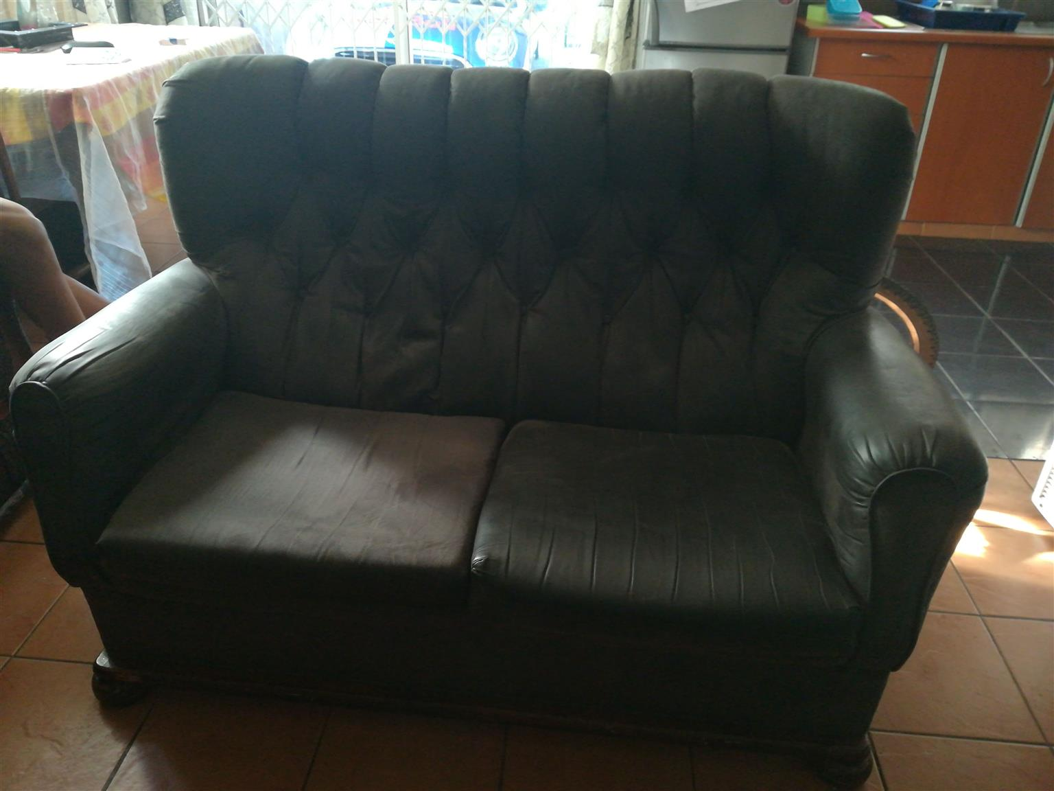 Beautiful good condition couches for only R1700