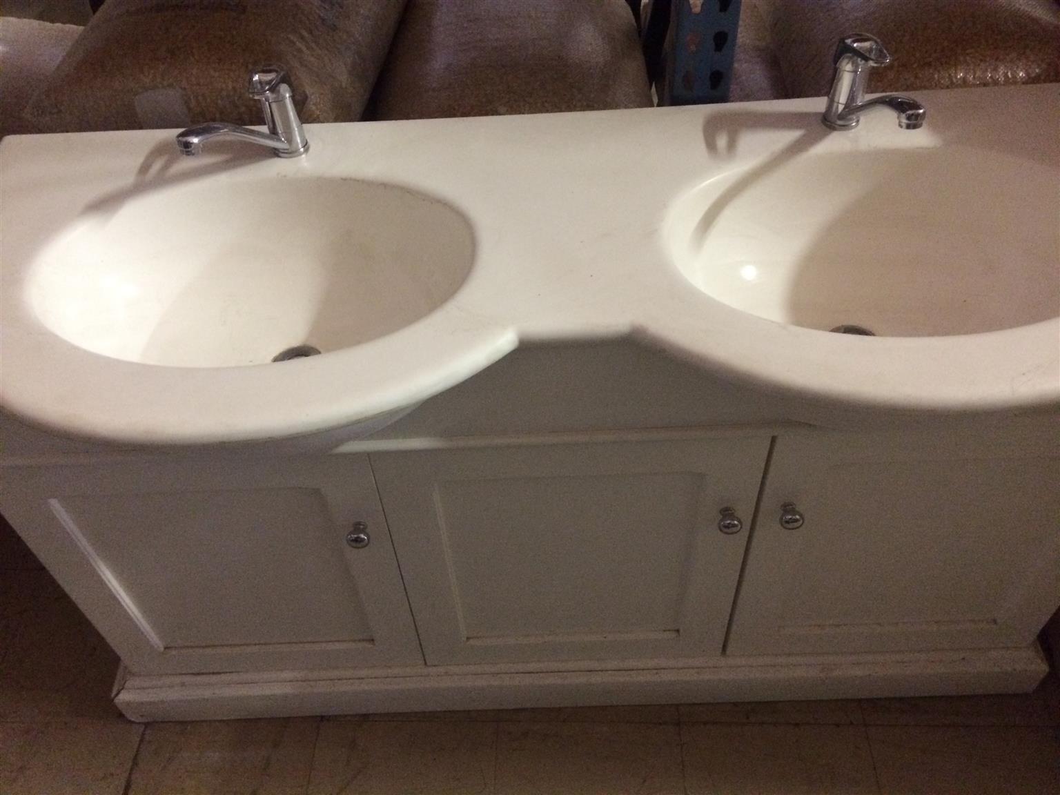 Basin bathroom double