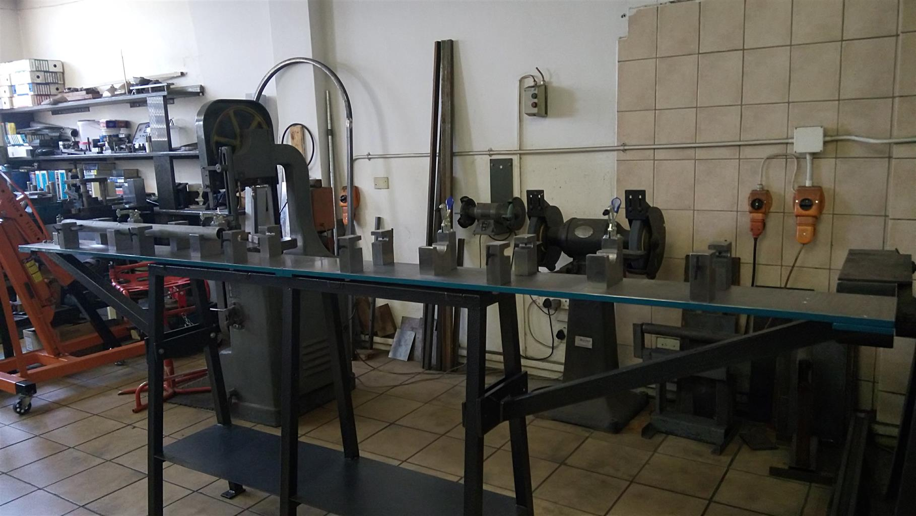 Engineers for : PRESS TOOLING,JIGS AND FIXTURES,GENERAL ENGINEERING