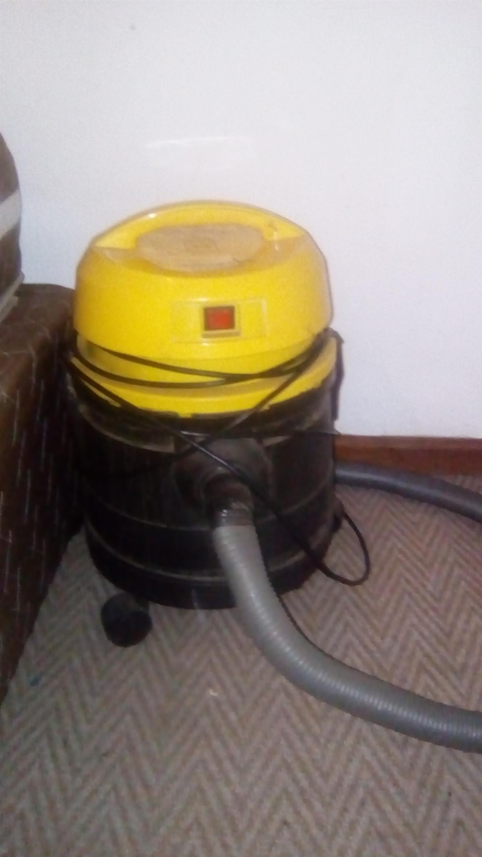 Conti Twister Vacuum cleaner