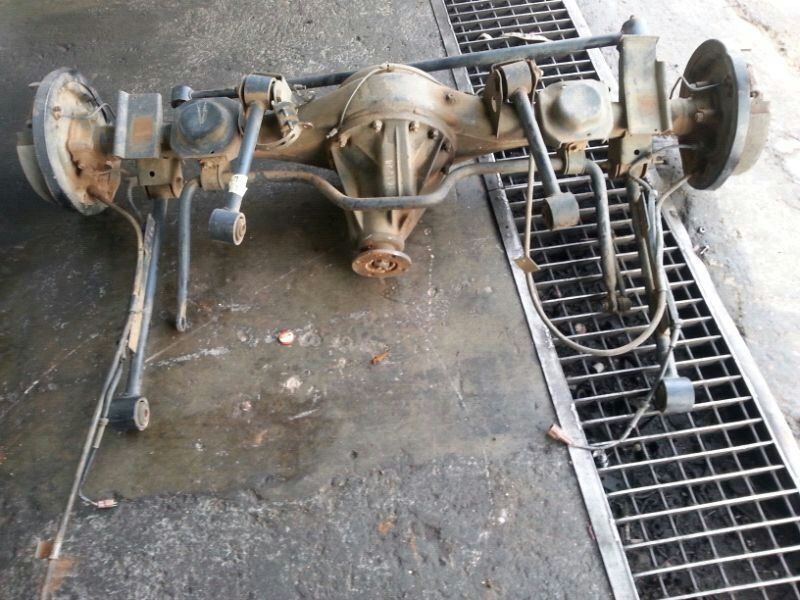 KB 250 Isuzu diff complete with hup
