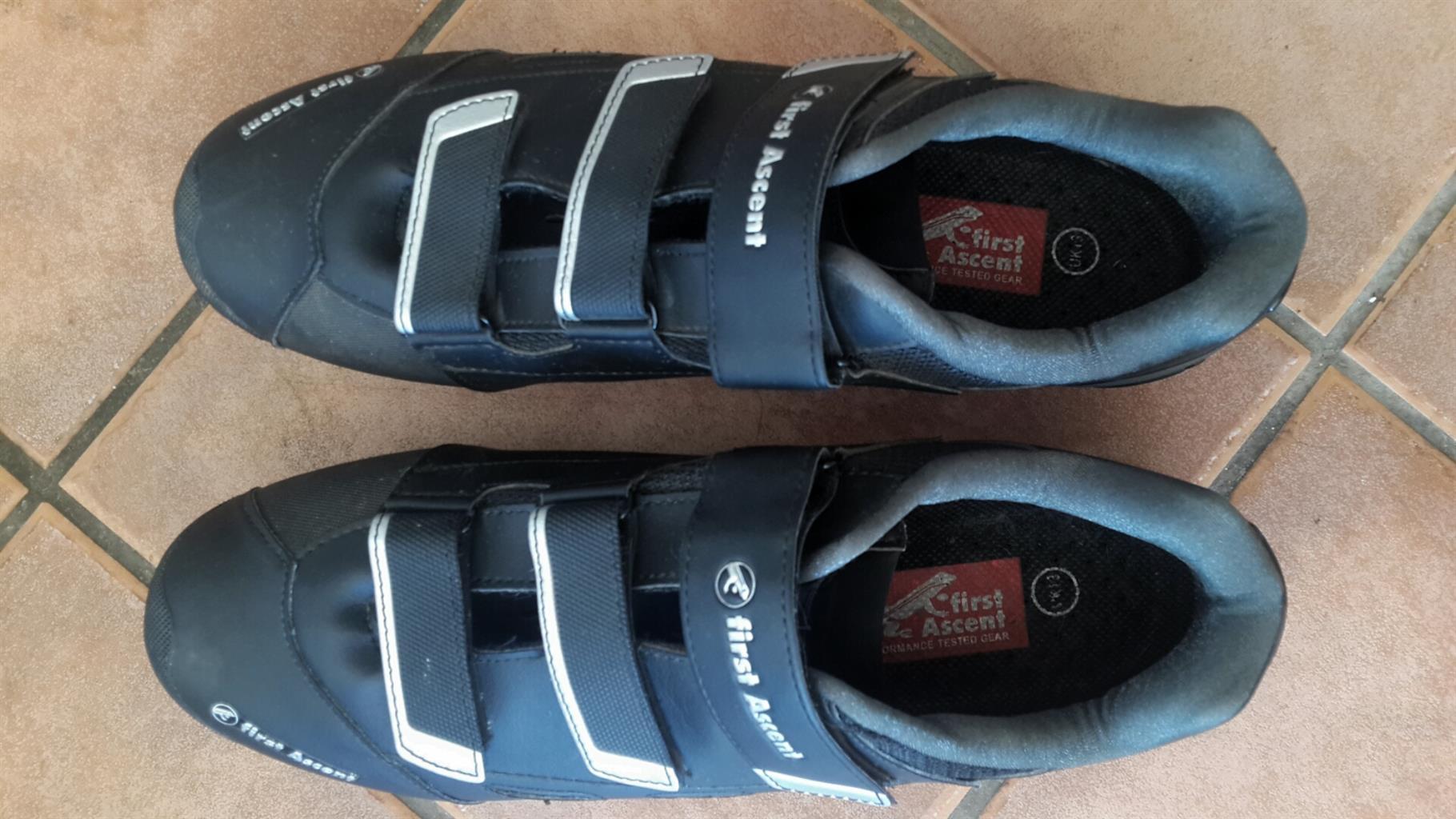 First Ascent MTB shoes Men's UK13