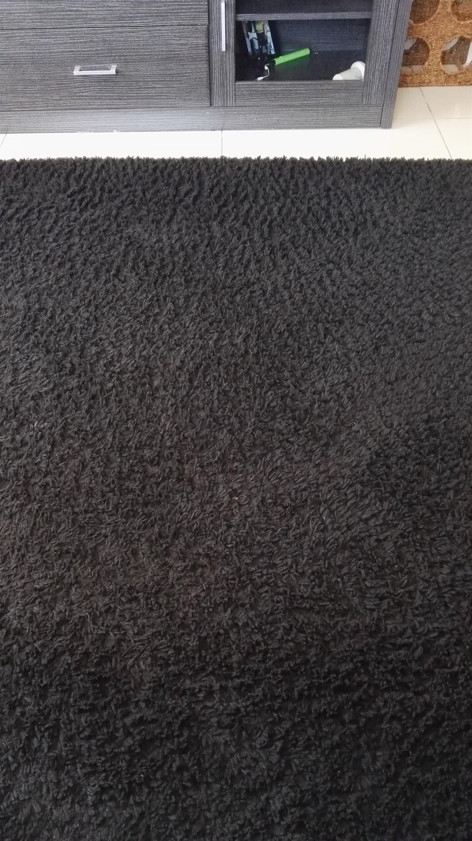 Carpet and laces for sale