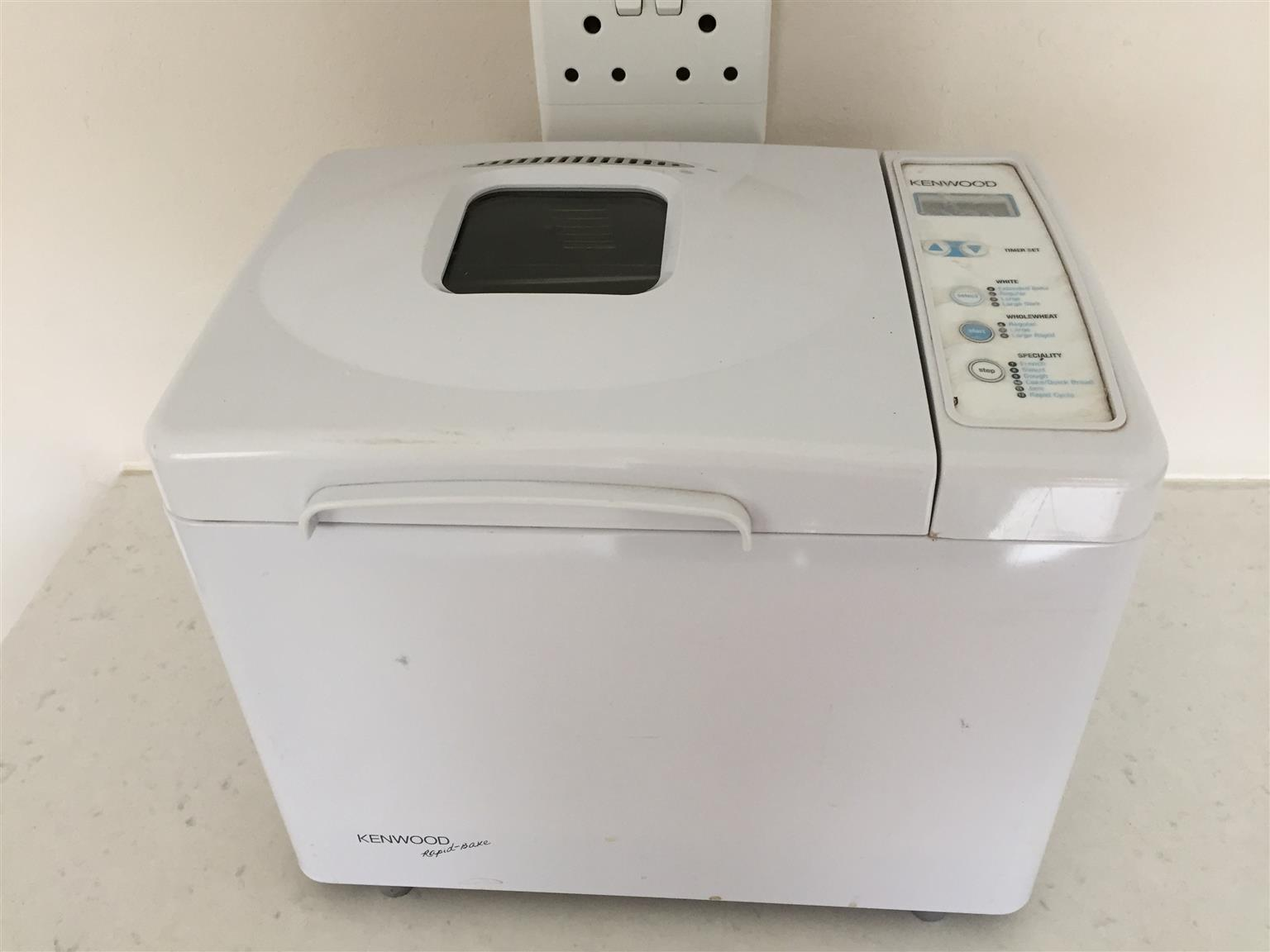 Kenwood Bread baker - Automatic mixing and baking