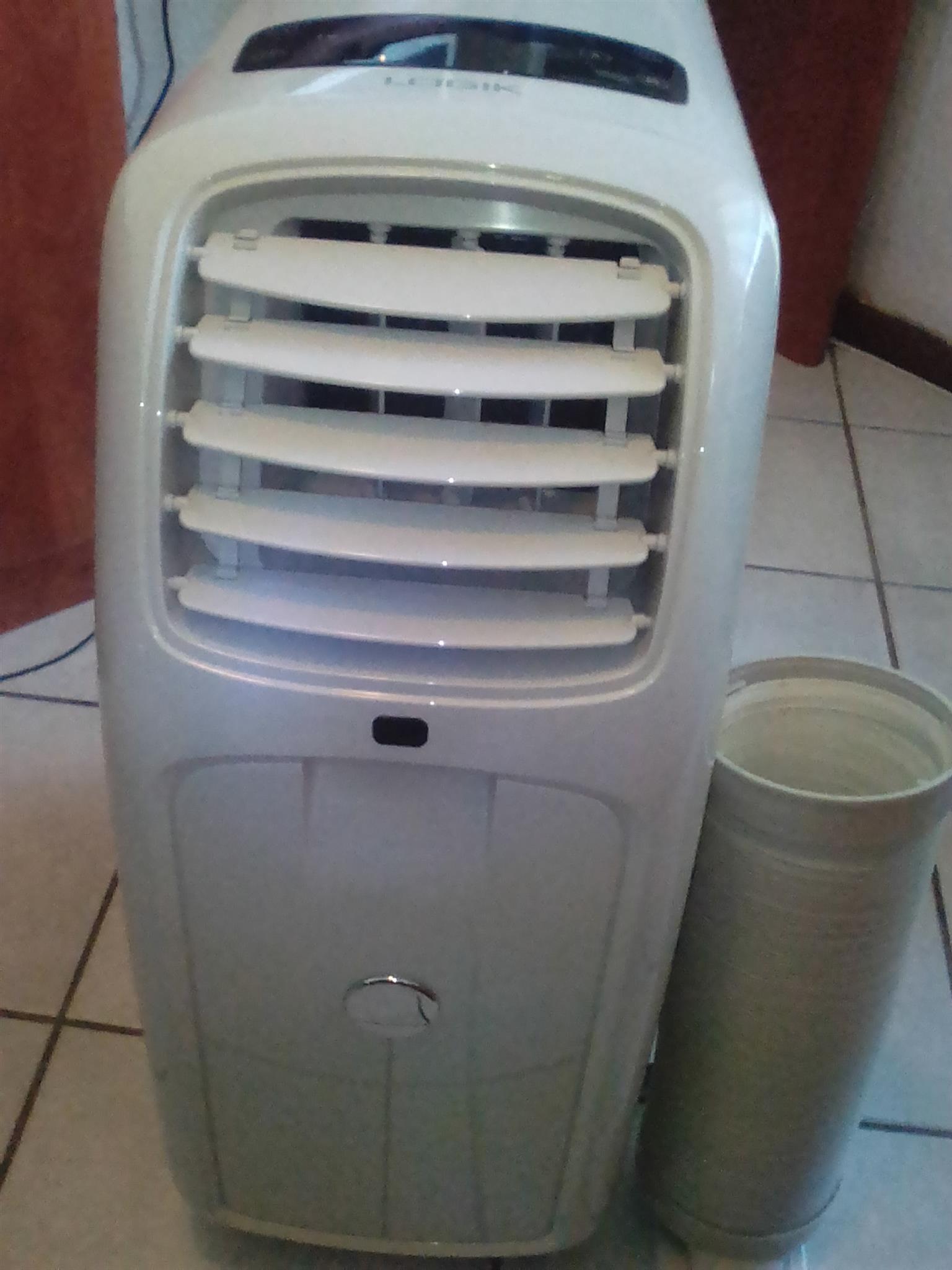 Portable LOGIK Airconditioner