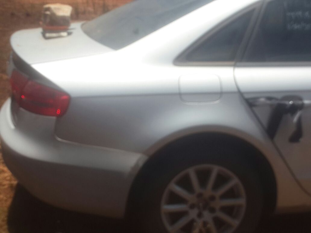 AUDI A4 B8 2.0TDI STRIPPING FOR SPARES