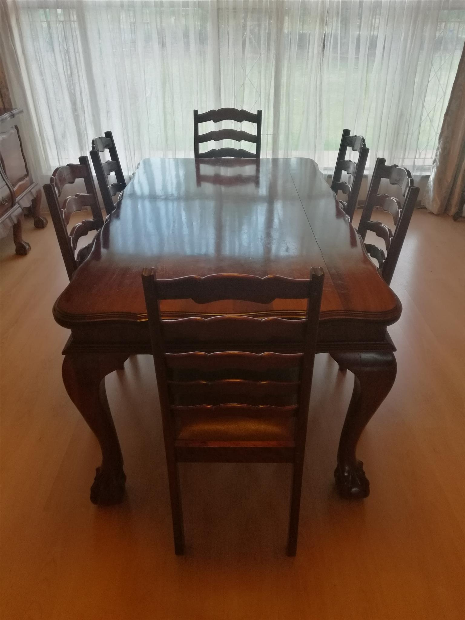 R 6 500 For Sale Ball And Claw Imbuia Dining Room Set