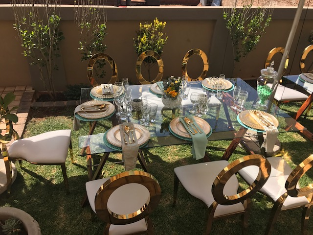 Round oval chairs for rental @R100.00