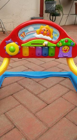 musical toy arch