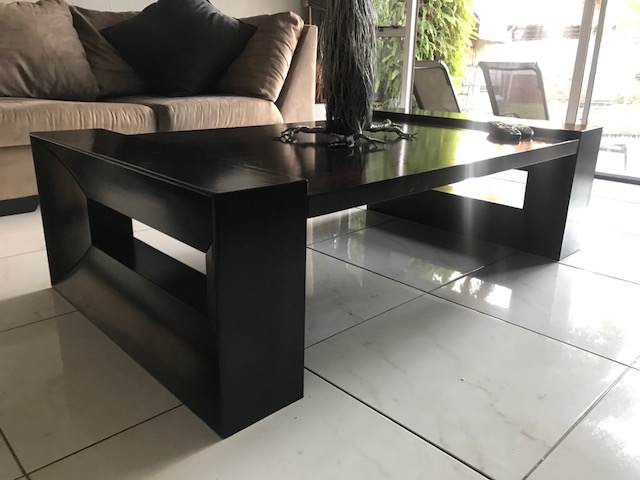 Lounge Suite, Table and Plasma Stand