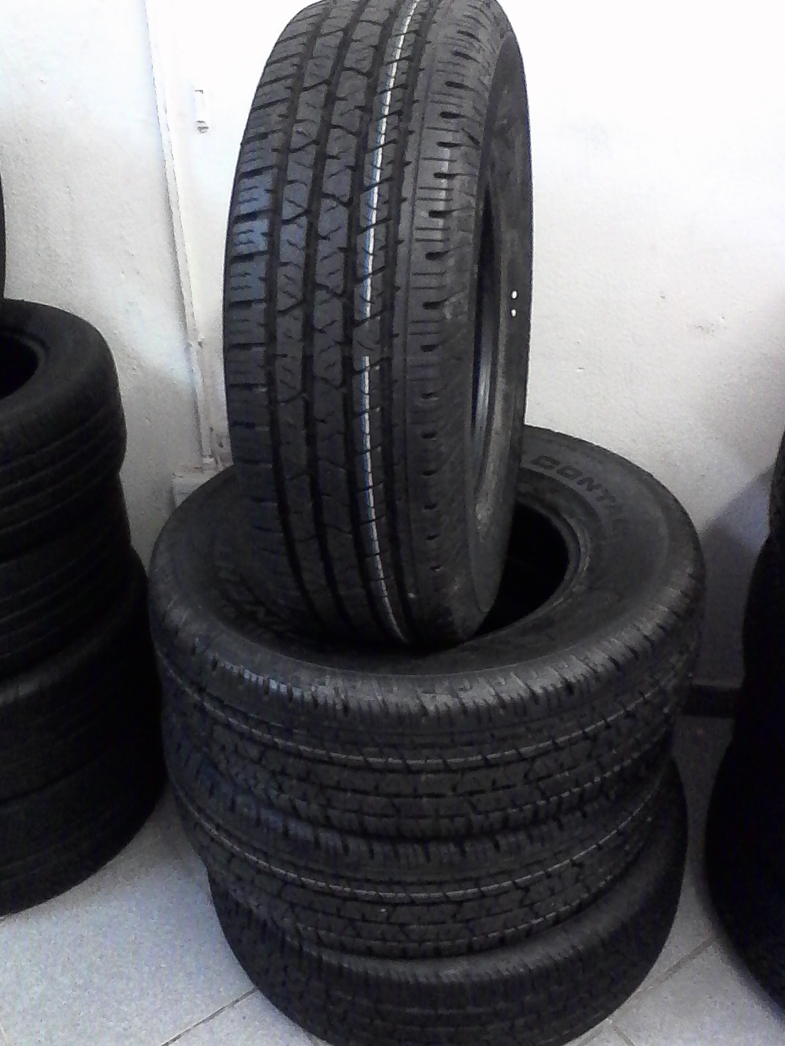 255/70/16 on road continental cross contact tyres 4x new r4699 for your bakkie or SUV
