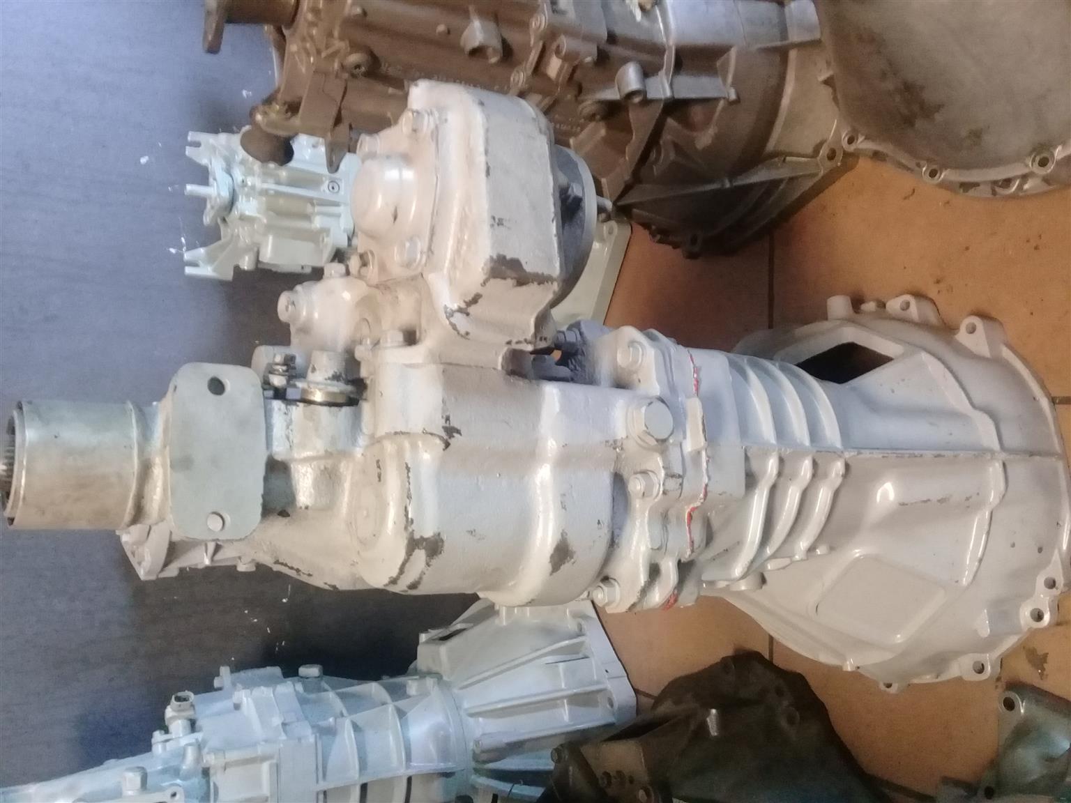 Isuzu kb 2.4 4x4 4 speed Recon gearbox