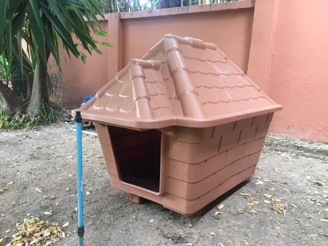 Brand New Waterproof Kennel