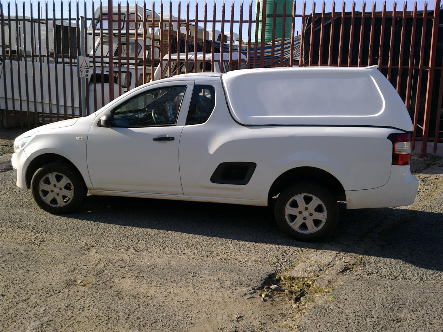 BRAND NEW GC CHEVROLET UTILITY BLINDSIDE BAKKIE CANOPY FOR SALE!!!!!!!!!