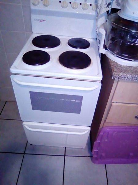 Fridge Master stove