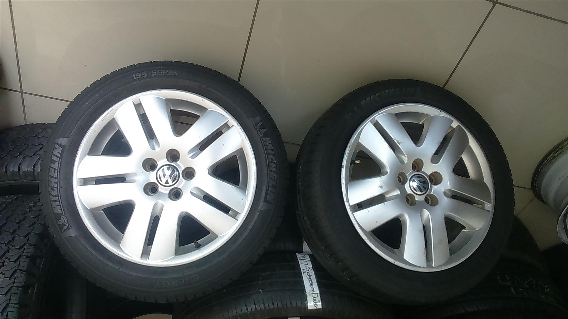 """Vw mags and tyres 195/55/16&205/50/16"""""""