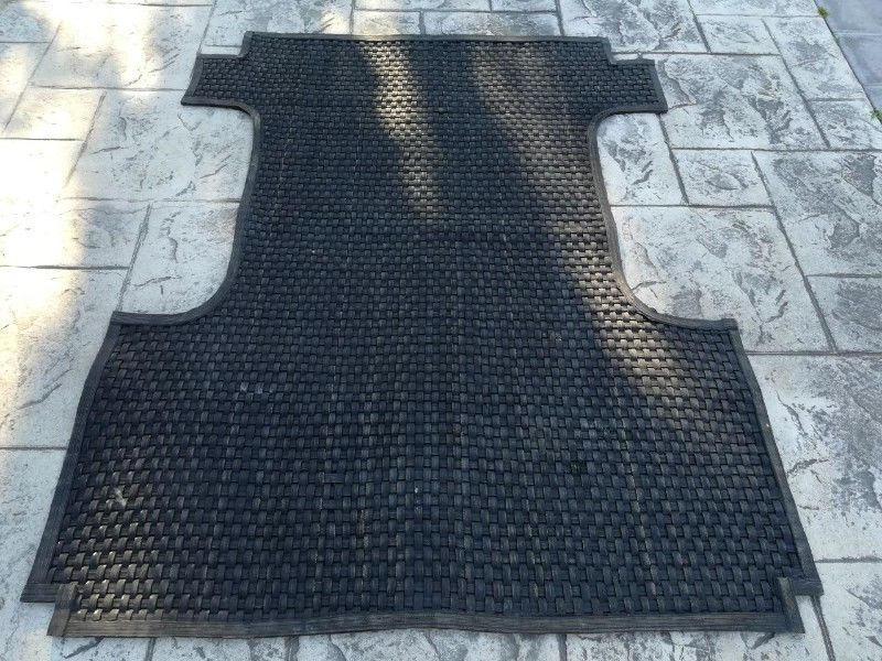 Mat for back of  Nissan Hardbody Bakkie. Heavy duty. Good  Condition.