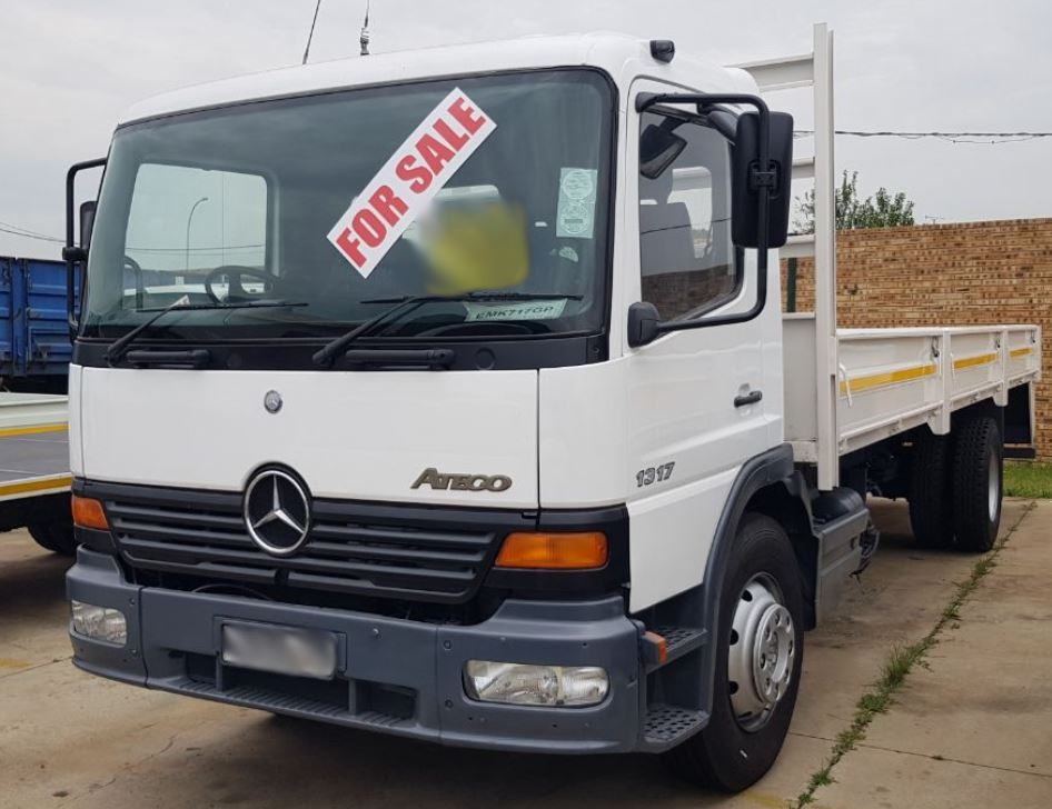 2004 Mercedes-Benz Atego 1317. ( 2 in stock) 8 TON dropside trucks.