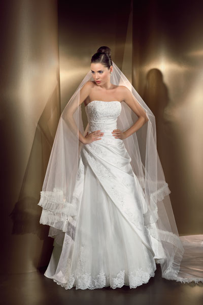Cosmobella wedding dress