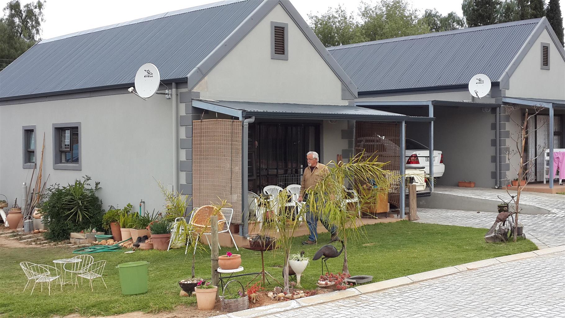 Lovely 2-bedroom home in secure Retirement Village