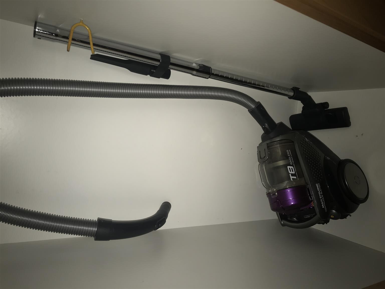 AEG Turbo T8 Vacuum cleaner