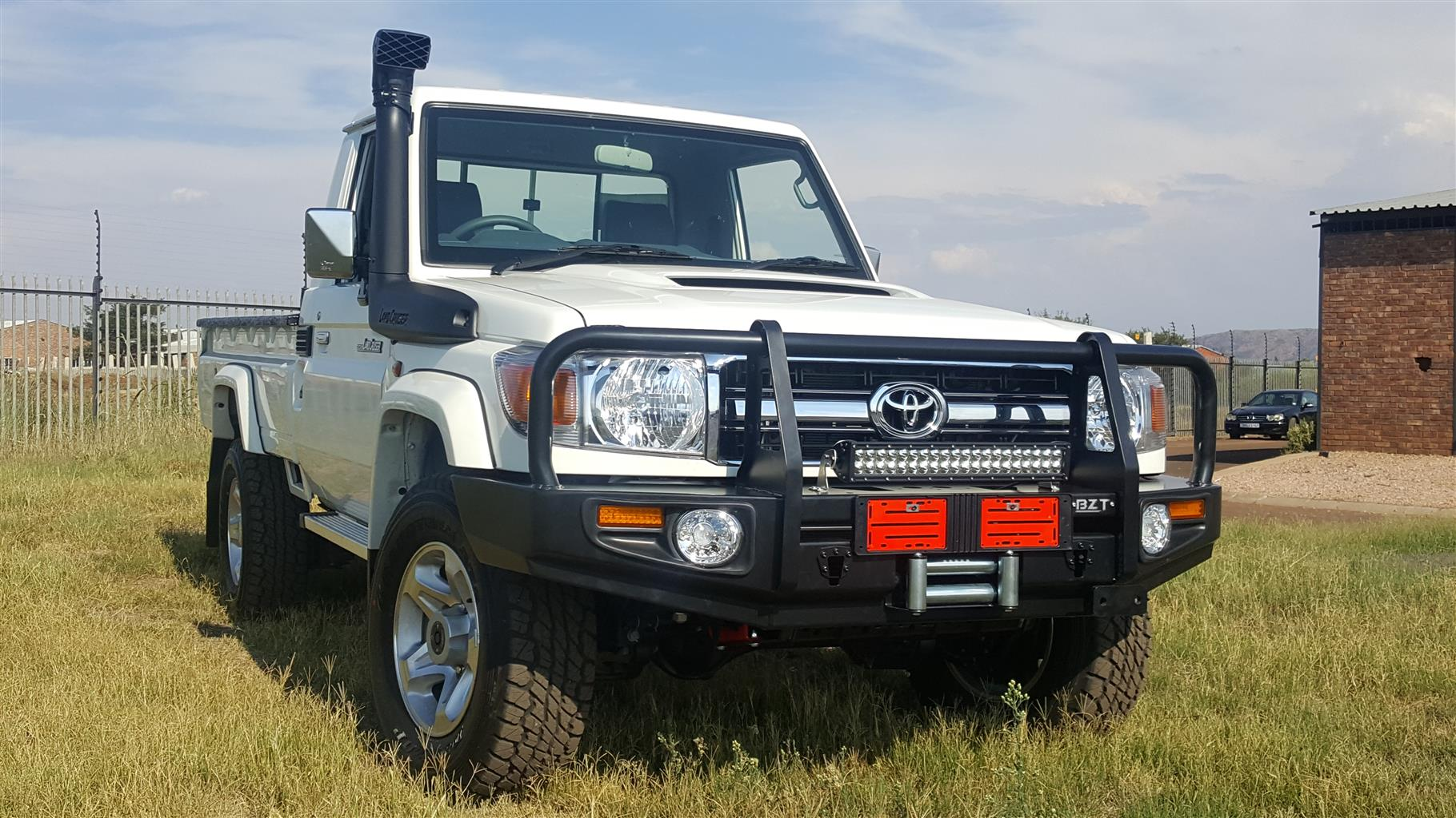 Toyota Land Cruiser Bullbar