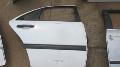 1997 Mercedes W202 right rear door shell for sale