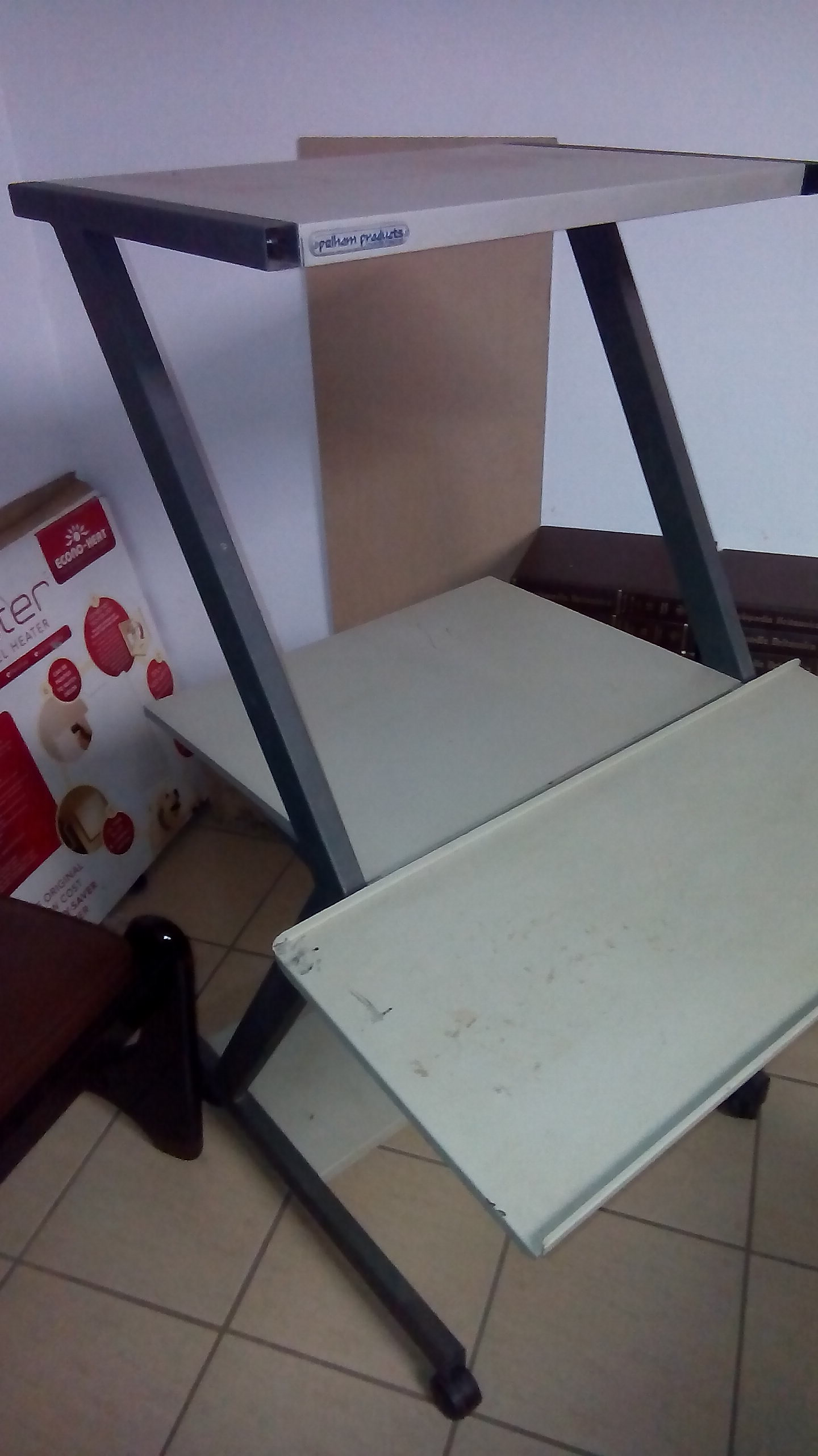Computer Stand for R1000