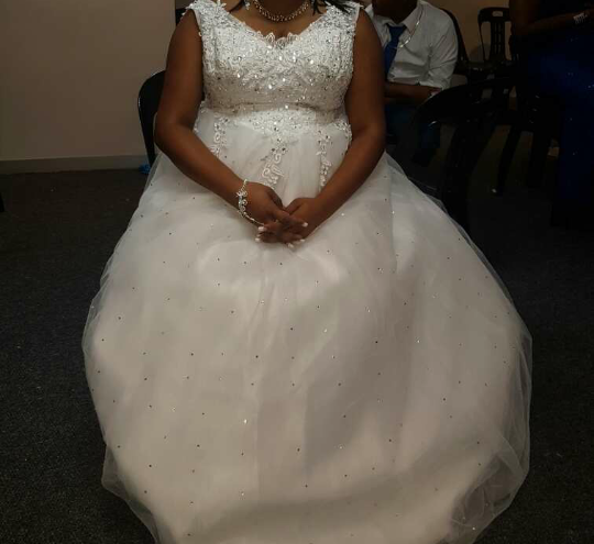 Wedding dress Size XXL R2500