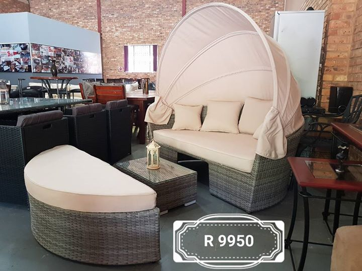 BRAND NEW! CWA veranda 5 seater patio set with cushions