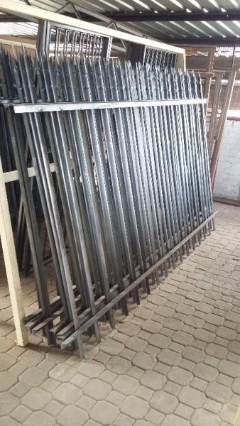 palisade fencing in building materials in johannesburg junk mail. Black Bedroom Furniture Sets. Home Design Ideas