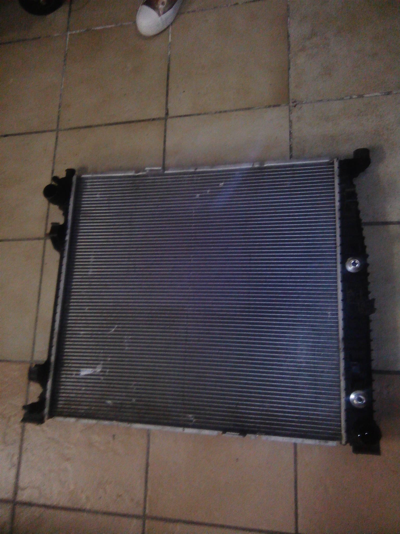 Mercedes Benz Ml w166 water Radiator for sale