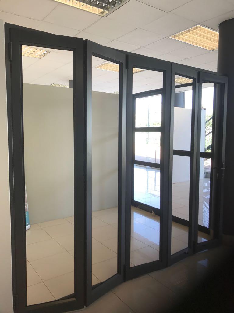 BRAND NEW ALUMINIUM DOORS & BRAND NEW ALUMINIUM DOORS | Junk Mail