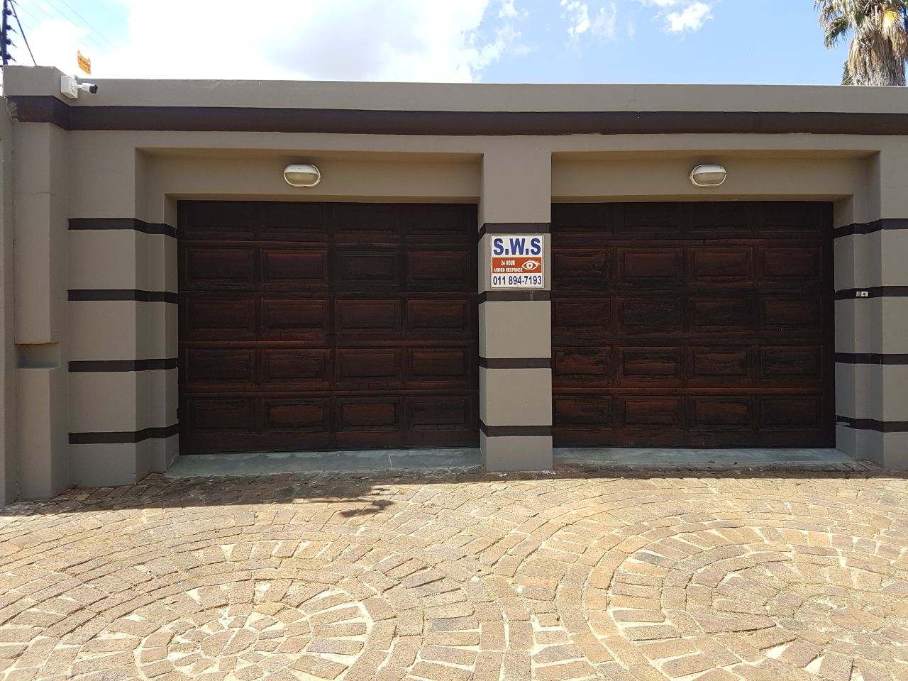 2 Bedroom Double Storey Executive House To Let in Beyerspark, Boksburg