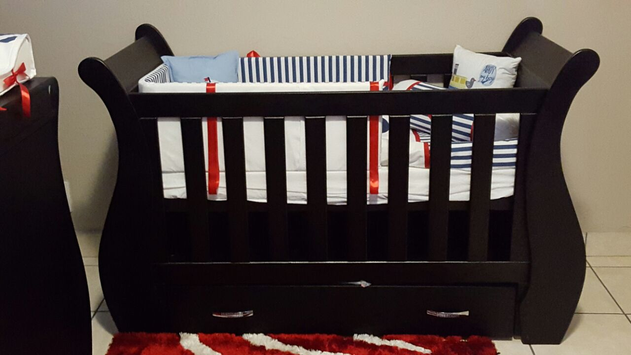 Carnation Baby Cot and Compactum