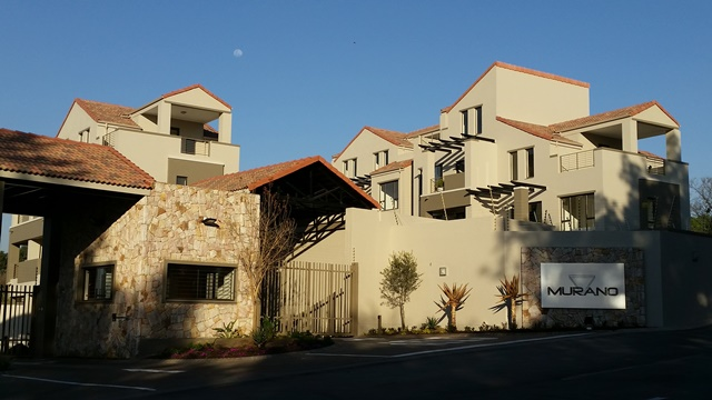 A Beautiful Apartment with a great view to let in Bryanston - Murano complex