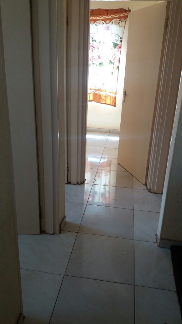 Two bedroom house available for rental in Olivenhoutbosch.