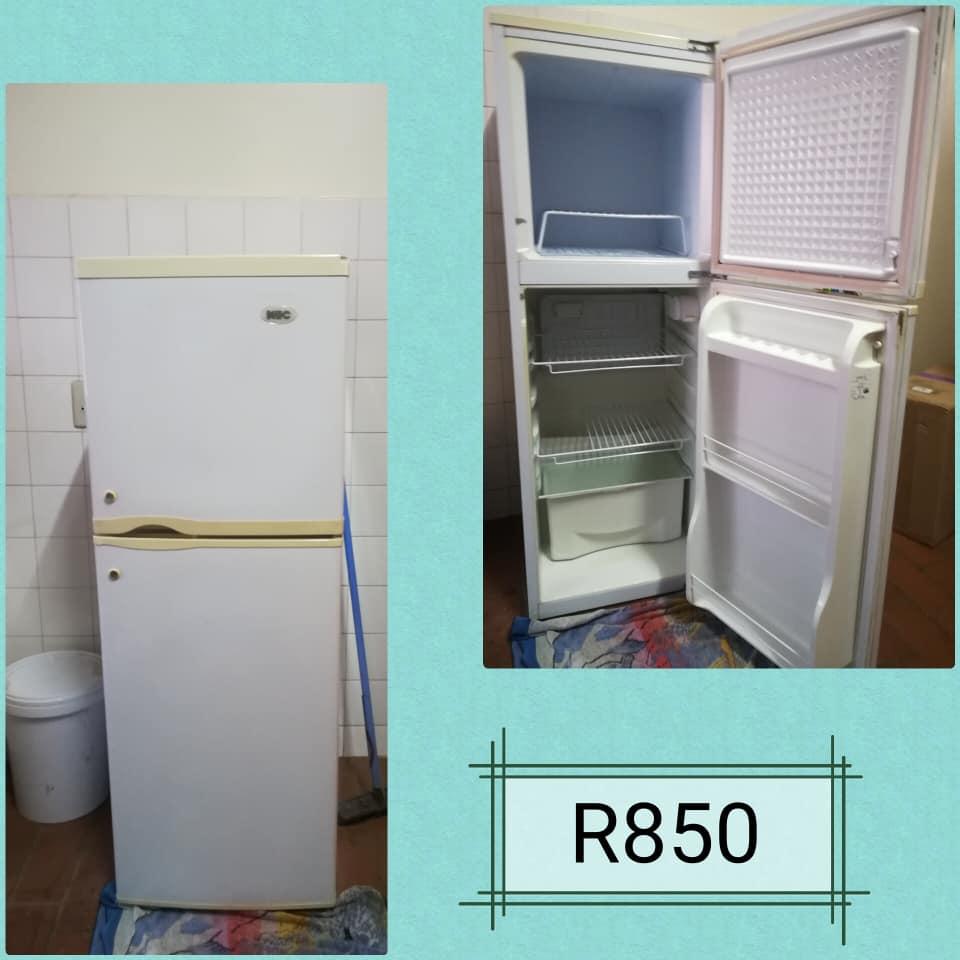 200L fridge.