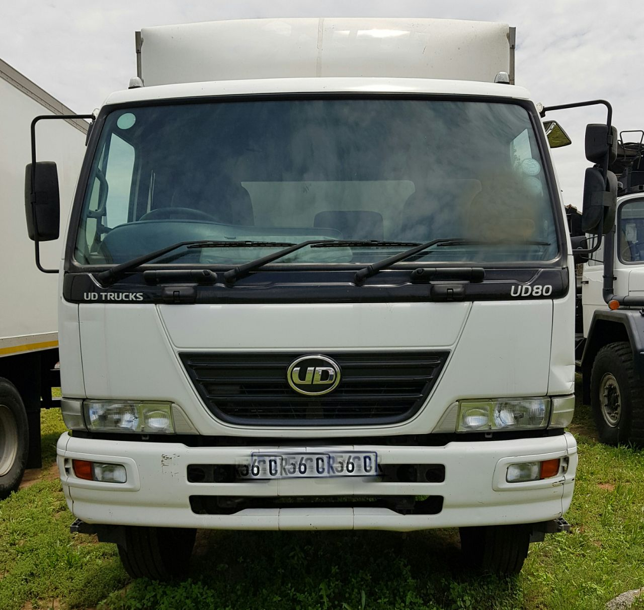 2012 Nissan UD80 Volume Bin truck for sale with a tail lift
