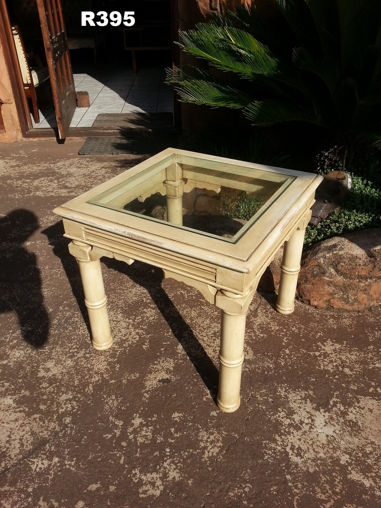 Rustic Side Table (570x570x525)