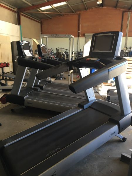 Life Fitness 95T Inspire Commercial Treadmill Bargain