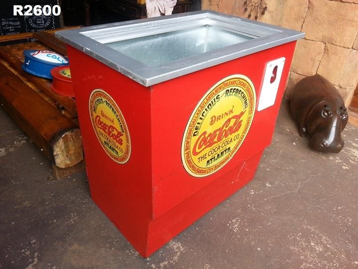 Red coca cola fridge | Junk Mail
