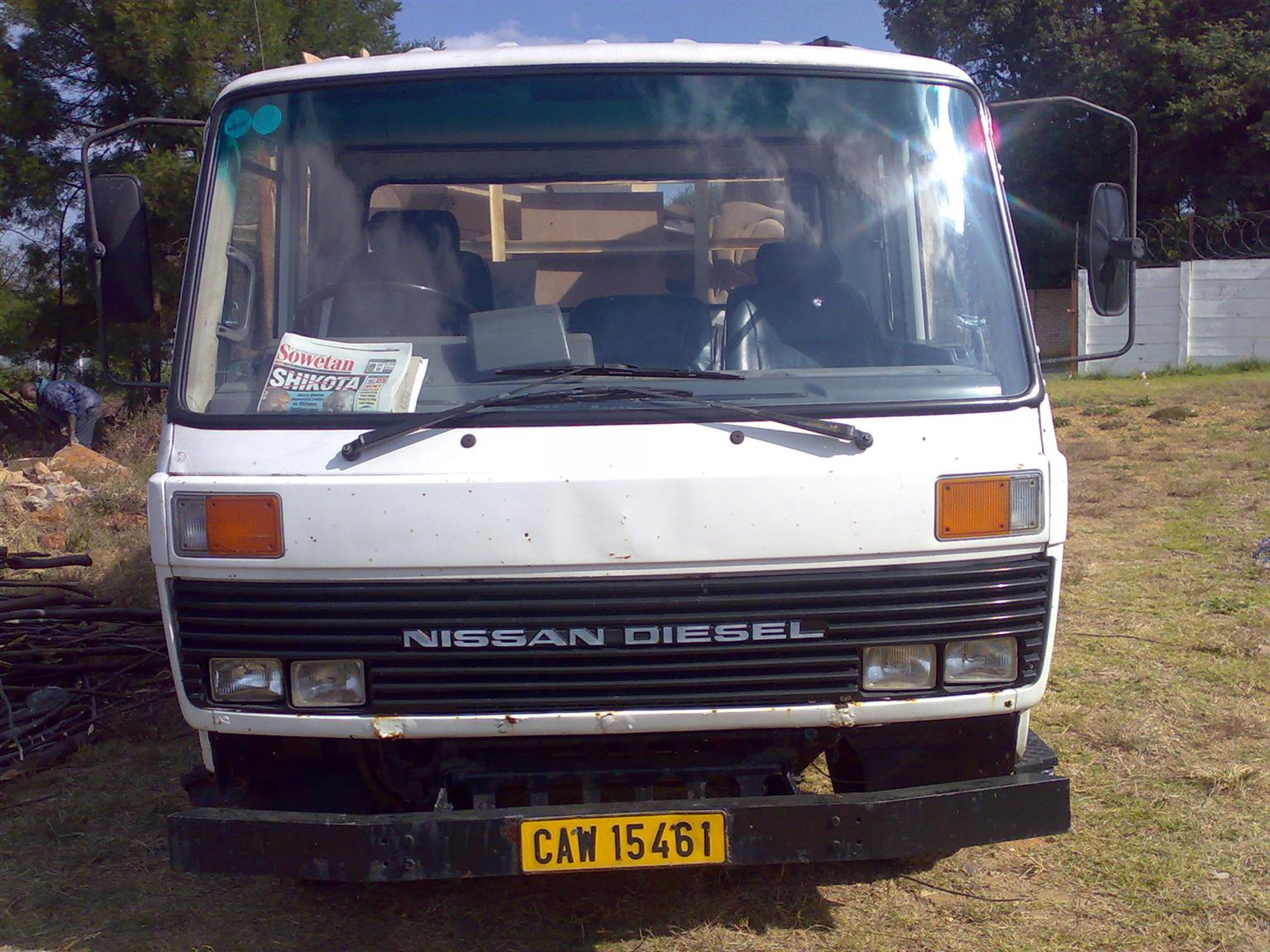 Nissan CM8 complete or stripping for spares