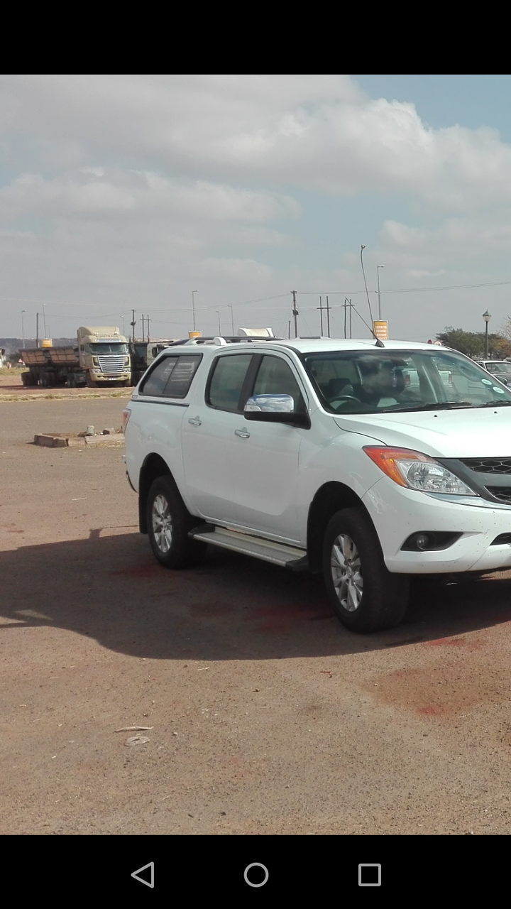 2013 Mazda BT-50 3.2 double cab SLE